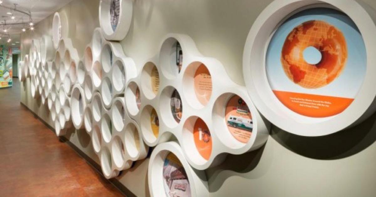 Doughnut Wall.001